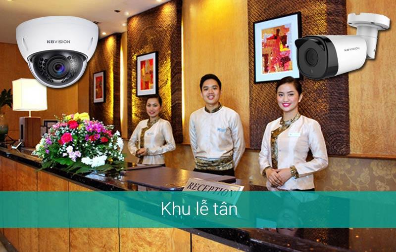 Lắp camera tại quầy lễ tân khách sạn, resort